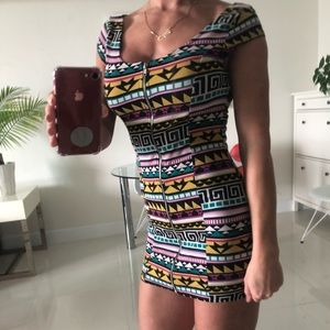 Sexy mini dress with front zipper.